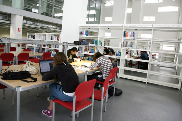 Library in the Tudela Campus.