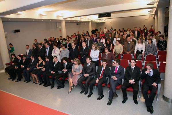 Graduation of Technical Industrial Engineering-Industrial Design (2009).