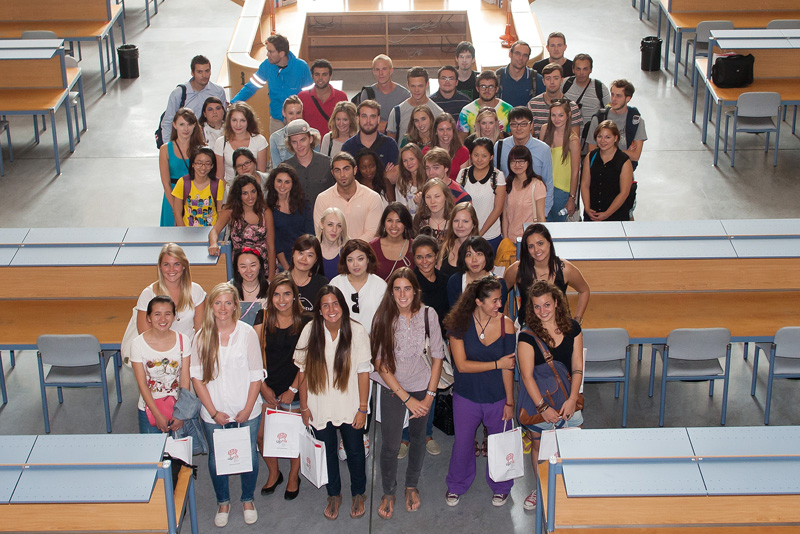 International exchange students (Fall semester).