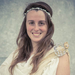 Leyre Catalán Ros es Hipatia de Alejandría